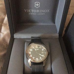VICTORINOX Swiss Army Watch!!! Brand new with box